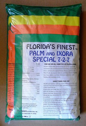 7-0-7 Palm and Ixora Granular Fertilizer - 25 lbs.